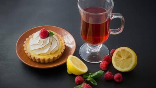 Thé et tarte au citron